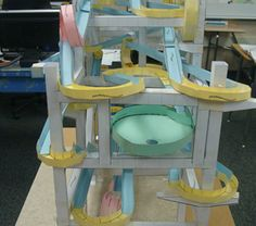 Some of these paper roller coasters are just incredible. Given that some of our students would make pretty decent supervillains, I'd love to see what ideas they came up with for these! Stem Projects, Science Projects, School Projects, Projects For Kids, Science Fair, Stem Science, Science For Kids, Paper Roller Coaster, Roller Coasters