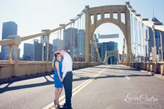 Roberto Clemente Bridge - Engagement Session - Pittsburgh, PA  © Lucia Cintra Photography www.luciacintra.com
