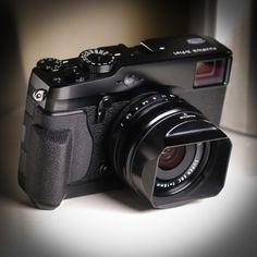 Fujifilm X Pro 1 : DiscoverMirrorless.com - https://www.pinterest.com/dapoirier/gadgets/