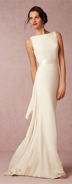 Wedding Dress Photos - Find the perfect wedding dress pictures and wedding gown photos at WeddingWire. Browse through thousands of photos of wedding dresses. Wedding Dress Backs, Pretty Wedding Dresses, Elegant Dresses, Pretty Dresses, Bridal Dresses, Classic Dresses, Elegant Gown, Reception Dresses, Bhldn Wedding Dresses