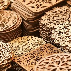 Laser cutting creativity seems to be limited only by imagination. While this co… Laser cutting creativity seems to be limited only by imagination. While this computer-controlled technology is typically used for… Laser Cutter Ideas, Laser Cutter Projects, Cnc Projects, Laser Cnc, Laser Cut Wood, Woodworking Jigs, Woodworking Projects, Wood Crafts, Diy And Crafts