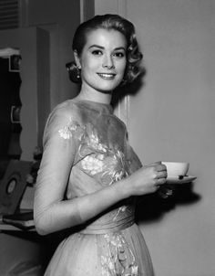 #Celebrities Drinking #Coffee: Grace Kelly
