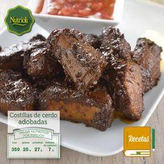 ¡Disfruta en esta tarde unas deliciosas costillas de cerdo adobadas! Acompaña este exquisito platillo con una deliciosa ensalada de lechuga, espinacas y tomate. Revisa la receta en: http://bit.ly/PM9Ggi  ¡Chop, chop, chop!