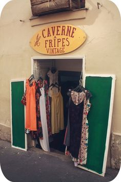 Slow Fashion, Ethical Fashion, Womens Fashion, Vintage Thrift Stores, Vintage Shops, Magic Shop, Eurotrip, France Travel, Sustainable Fashion
