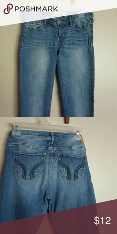 Hollister boot cut jeans In good condition. No signs of major wear. Hollister Jeans Boot Cut