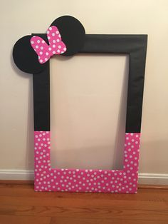 My diy photo booth prop frame for Averys second birthday! Minnie Mouse!!!