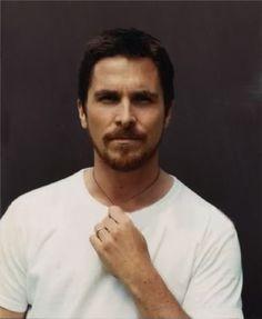 Christian Bale Batman Begins, British Actors, American Actors, American Hustle, Batman Wallpaper, Christian Bale, Creative Pictures, Prince Charming, Haircuts For Men