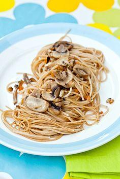 Het lelijke champignonnekes pasta'ken.