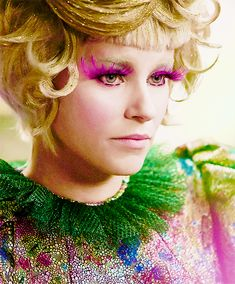 Effie Trinket with her gold hair - Catching Fire.