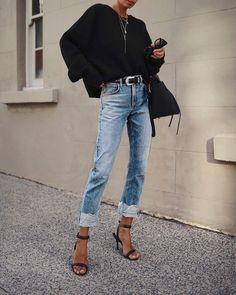 70 The Best Street Style Fashion Ideas Of The Year 70 Die besten Streetstyle-Modeideen des Jahres – Doozy List Black Women Fashion, Latest Fashion For Women, Look Fashion, Denim Fashion, Autumn Fashion, Fashion Outfits, Fashion Trends, Fashion Ideas, Feminine Fashion