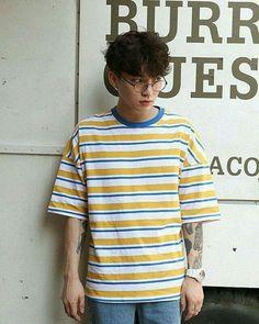 Sunny stripe t-shirt fashion, korean fashion men, korean Korean Fashion Men, Asian Fashion, Korean Men, Fashion Moda, 80s Fashion, Skater Fashion, Fashion Stores, Suit Fashion, Male Fashion