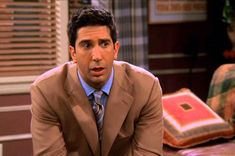 "17 Things You Never Noticed On ""Friends"" That Will Make You Say, ""How Did I Miss That?"""