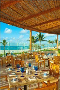 Как насчет завтрака с видом на океан? Ресторан Асуль приглашает! http://rivieramaya.grandvelas.com/russian/