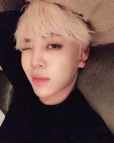 "[170106] instagram update "" 24k_lianghui: Good night 잘자 晚安 """
