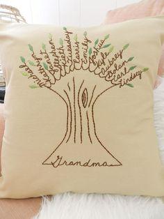 Grandma Pillow Cover. Gift for mom. Personalized Family Tree Art. Family pillow. Grandchildren Names. Gift for Grandma. In-law gift. Christmas gift for grandma. Grandparent anniversary gift.