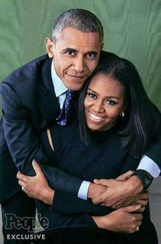 """President Barack Obama and First Lady Michelle Obama looking so GORGEOUS in People Magazine. 8 years of flawlessness! Michelle Und Barack Obama, Barack Obama Family, First Black President, Mr President, Black Presidents, American Presidents, Joe Biden, Presidente Obama, Barrack Obama"