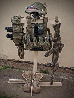 Tactical gear stand - Real Time - Diet, Exercise, Fitness, Finance You for Healthy articles ideas Molle Gear, Airsoft Gear, Tactical Wall, Tactical Gear, Plate Carrier Setup, Tactical Accessories, Weapon Storage, Tac Gear, Combat Gear