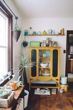 Huis met een mix aan stijlen en comfy zithoek