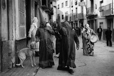 Moratalla (Murcia) 1980 (Semana Santa). Cristina García Rodero Magnum Photos, Madrid, Photographer Portfolio, Documentary Photographers, Light And Shadow, Personal Photo, Vintage Photography, Occult, Vintage Images
