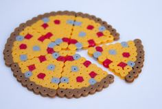 Pizza perler beads by Laura R. - Perler® | Gallery