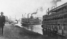 Steamboats at landing