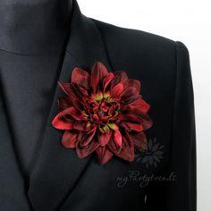 Haarblume, Ansteckblume in bordeauxrot, Ø 12 cm von Boutique für wundervolle Accessoires zum Liebhaben! auf DaWanda.com