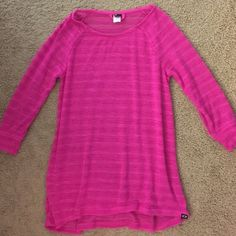 Hot pink sweater shirt 3/4 length sleeves. Perfect to wear with leggings and boots! Oakley Tops Tees - Long Sleeve