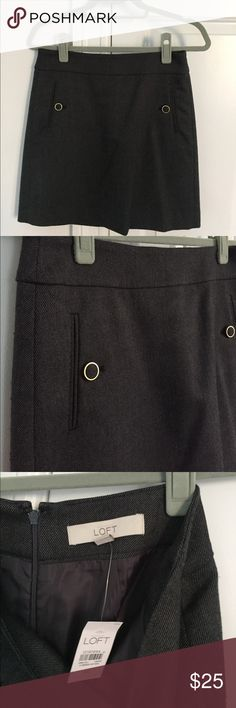 Gray LOFT pencil skirt size 00 Very professional gray LOFT pencil skirt, in perfect condition. Size 00, skirt has button and pocket detail. Perfect for the office! LOFT Skirts Pencil