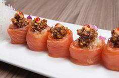 """Ven a disfrutar de nuestro """"Inari Set"""" en @tatapty estamos ubicados en plaza 61 calle 61 de Obarrio ubicanos por Waze.  Un lugar para descubrir saborear y disfrutar.  #TatakiMarket #food #drink #sushi #cócteles #experienciatatakimarket #sabores #sushi #tataki #fusion #panama #pty #ptyfood by comidapanama"""