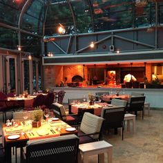 """Four Seasons Buenos Aires: """"""""Nuestro Secreto"""" Restaurant constitutes the ideal venue to enjoy a lively gathering on the rooftop garden terrace by the pool for traditional outdoor asado. That way it is possible to include an innovative proposal based on flame-grilled food, completely dispensing with the use of gas as a culinary element."""""""