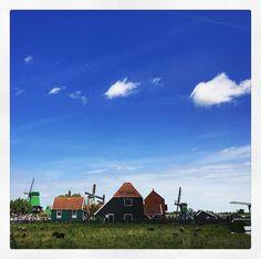 #toeristineigenland #zaanseschans #holland #hollandseluchten #skyporn #shotoniphone7plus