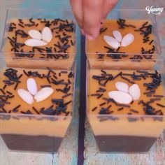 How to make Chocolate Caramel Dessert Cup step by step guide with ingredients. Desserts To Make, Great Desserts, Delicious Desserts, Yummy Food, Food Design, Cake Recipes, Dessert Recipes, Chocolate Biscuits, Dessert Cups