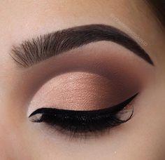 Eye Makeup Tips.Smokey Eye Makeup Tips - For a Catchy and Impressive Look Prom Makeup, Cute Makeup, Pretty Makeup, Bridal Makeup, Wedding Makeup, Pageant Makeup, Makeup Goals, Makeup Inspo, Makeup Inspiration