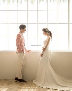 Creative Portrait Photography, Creative Portraits, Wedding Company, Cute Couples, Korea, Wedding Photography, Asian, Studio, Wedding Dresses