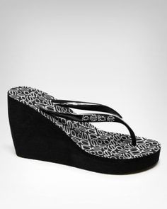 518cb57ec5e8e8 love wedge flip flops.. i live in them in the summer Wedge Flip Flops