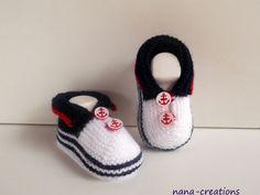 Chaussons de Bébé en laine, tricotés main, 0/3 mois.
