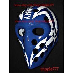 Hockey mask, Hockey goalie, NHL ice hockey, Roller Hockey, Hockey goalie mask, Hockey helmet Bunny Laroque mask HO77