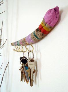 déco-bois-flotté-porte-clés-bois-flotté-peint-en-plusieurs-couleur s