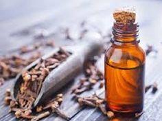 Pode utilizar o óleo de cravo-da-índia tanto esteticamente como para sua saúde! #óleo #óleoessencial #cravo #cravodaíndia