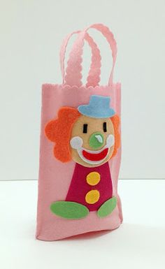 Felt Crafts, Diy Crafts, Clowning Around, Felt Decorations, Diy For Kids, Projects To Try, Arts And Crafts, Reusable Tote Bags, Christmas Ornaments