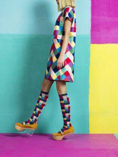 Tasan dress, Shakki knee socks