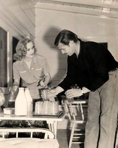 Carole Lombard & Clark Gable at home