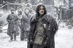 Pin for Later: 9 Reasons Melisandre Could Bring Jon Snow Back to Life on Game of Thrones Melisandre's Status as a Red Priestess Makes Her Able Resurrect Jon Snow in the Same Way