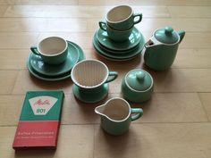 nachruf auf die kaffeekanne teekannen kaffeekannen teapots and coffeepots pinterest. Black Bedroom Furniture Sets. Home Design Ideas