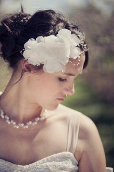 Dharma Trading Co. Featured Artist: Lydia Mead- silk flower hair accessories  #wedding #flower #fascinator