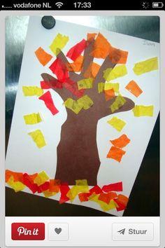 Herfstboom van je hand