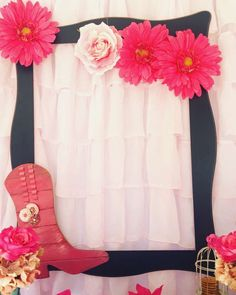 Amazing decoration at a cowgirl birthday party! See more party ideas at… Party Photo Frame, Party Frame, Cowgirl Baby Showers, Cowboy Baby Shower, Cowboy Theme Party, Horse Party, Horse Birthday, Cowgirl Birthday, Cowgirl Decorations