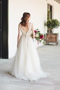 White wedding dress http://www.100layercake.com/blog/2015/07/22/rustic-fall-georgia-wedding-inspiration/