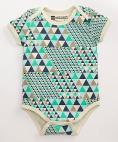 Boy's Sailboats Short Sleeve Snapster Bodysuit made with the softest organic cotton for your most precious little love bug!  #FairTrade #organic #apparel