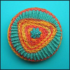 Embroidered button/brooch | Birthine on Flickr - Photo Sharing!